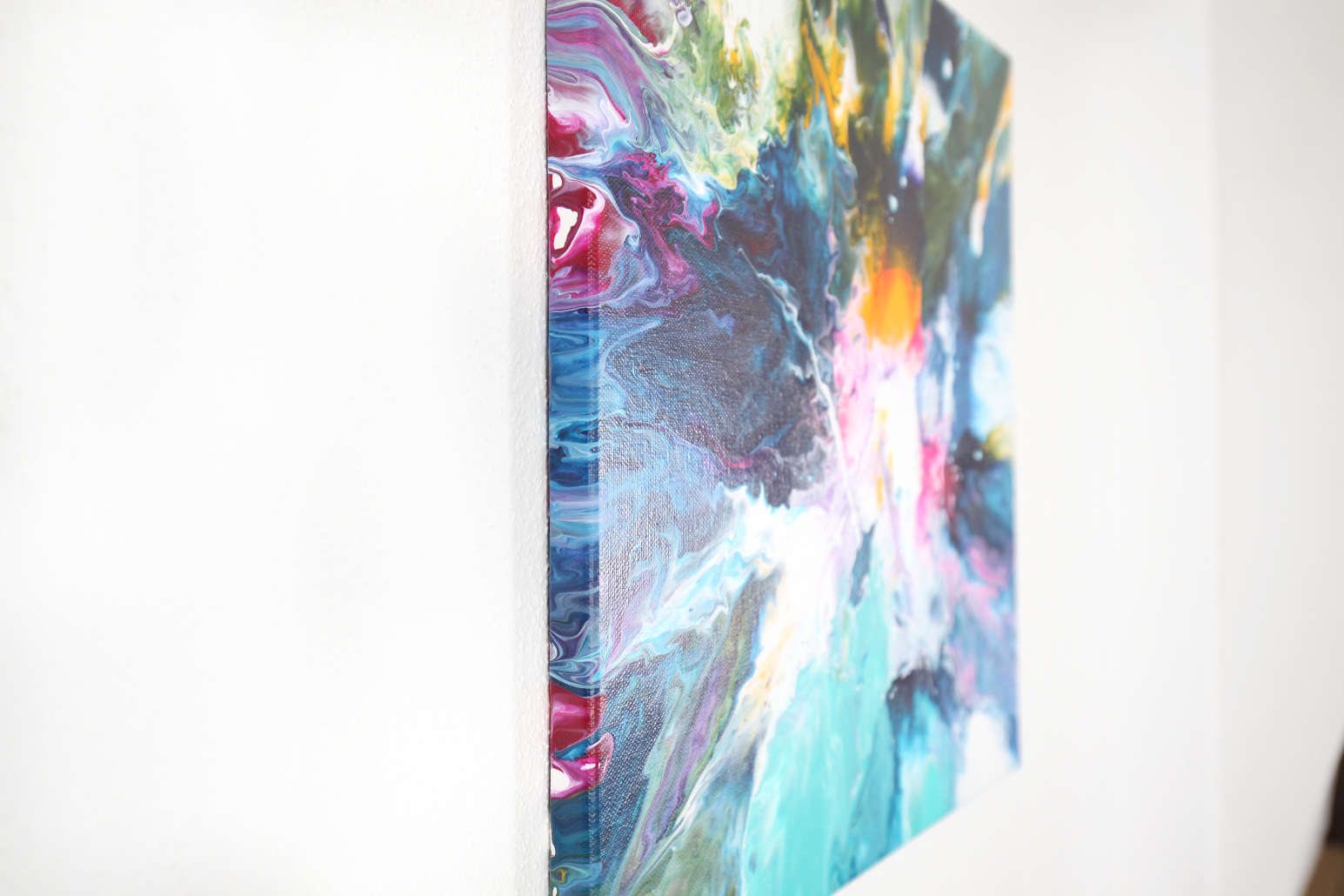wild water_fluid painting_side